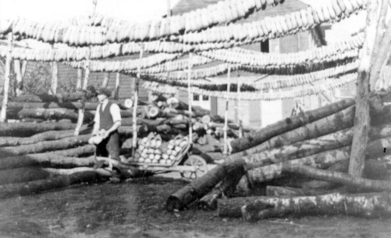 Gründung der Holzschuhmanufaktur